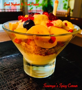 Greek yoghurt & fruit Parfait