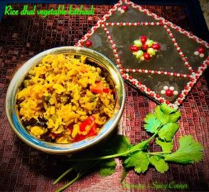 Rice dhal vegetable kitchadi